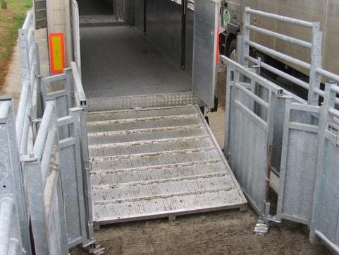 ajustement-quai-dechargement-barriere